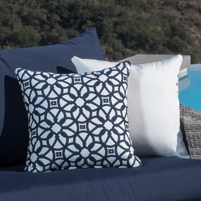 Plush cushions are layered to allow moisture to completely drain. All-weather fabric is fade resistant to last for years.