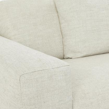 Finished in natural beige, 100% fine Belgium linen.
