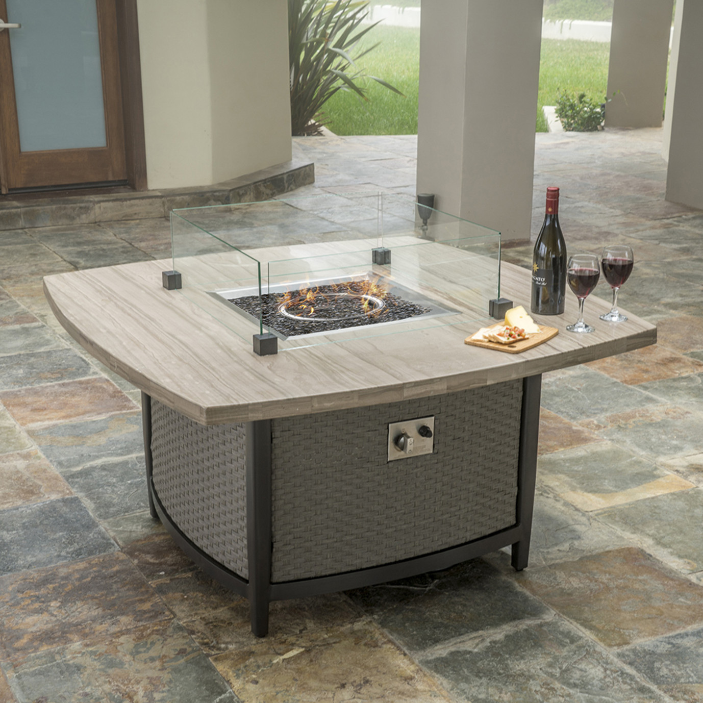 Vistano 48in Stone Top Fire Table Rst Brands