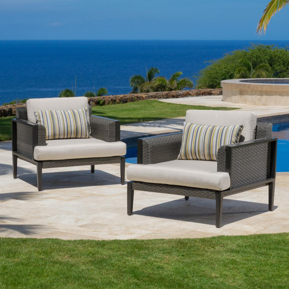Vistano™ Club Chairs