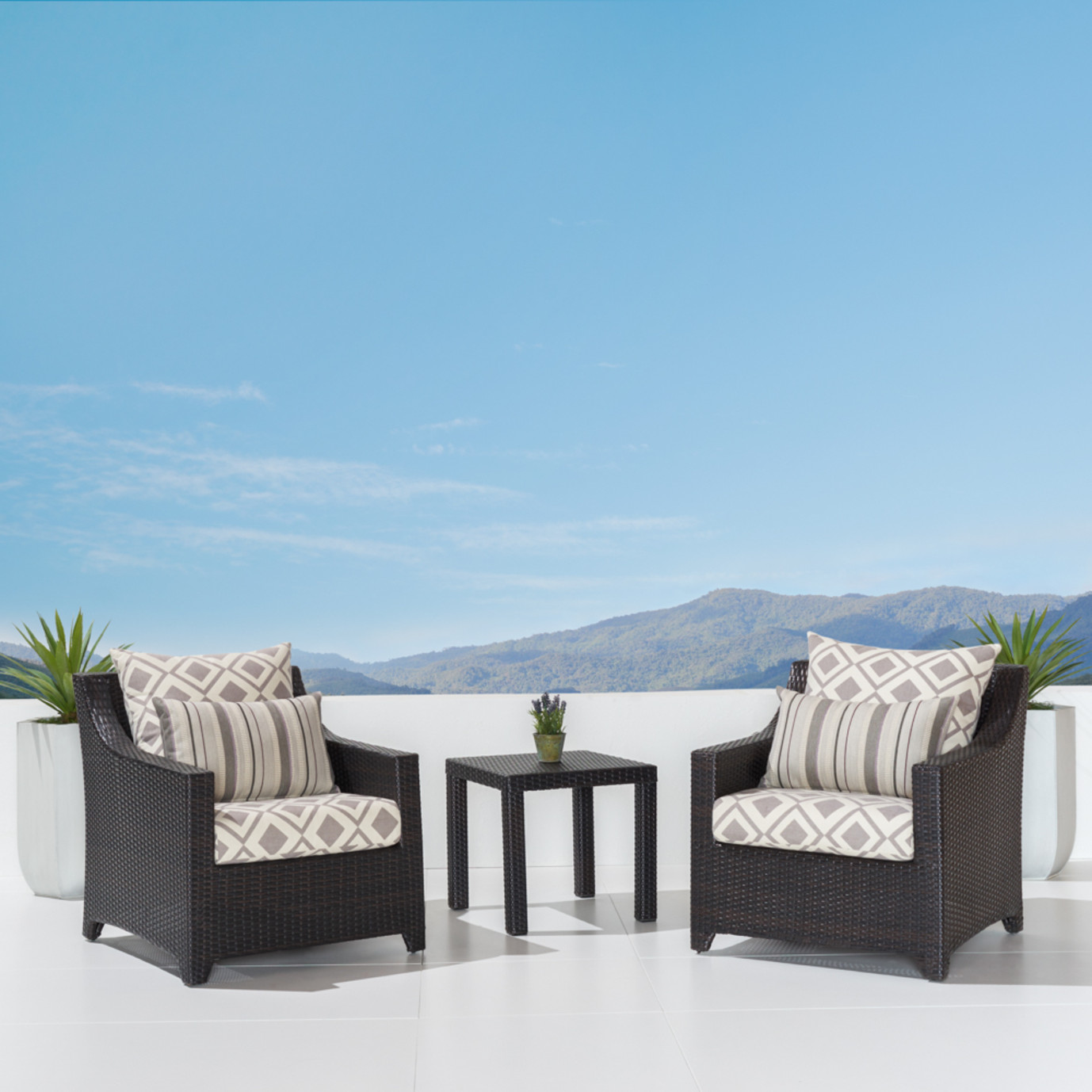 Deco™ Club Chairs & Side Table - Wisteria Lavender