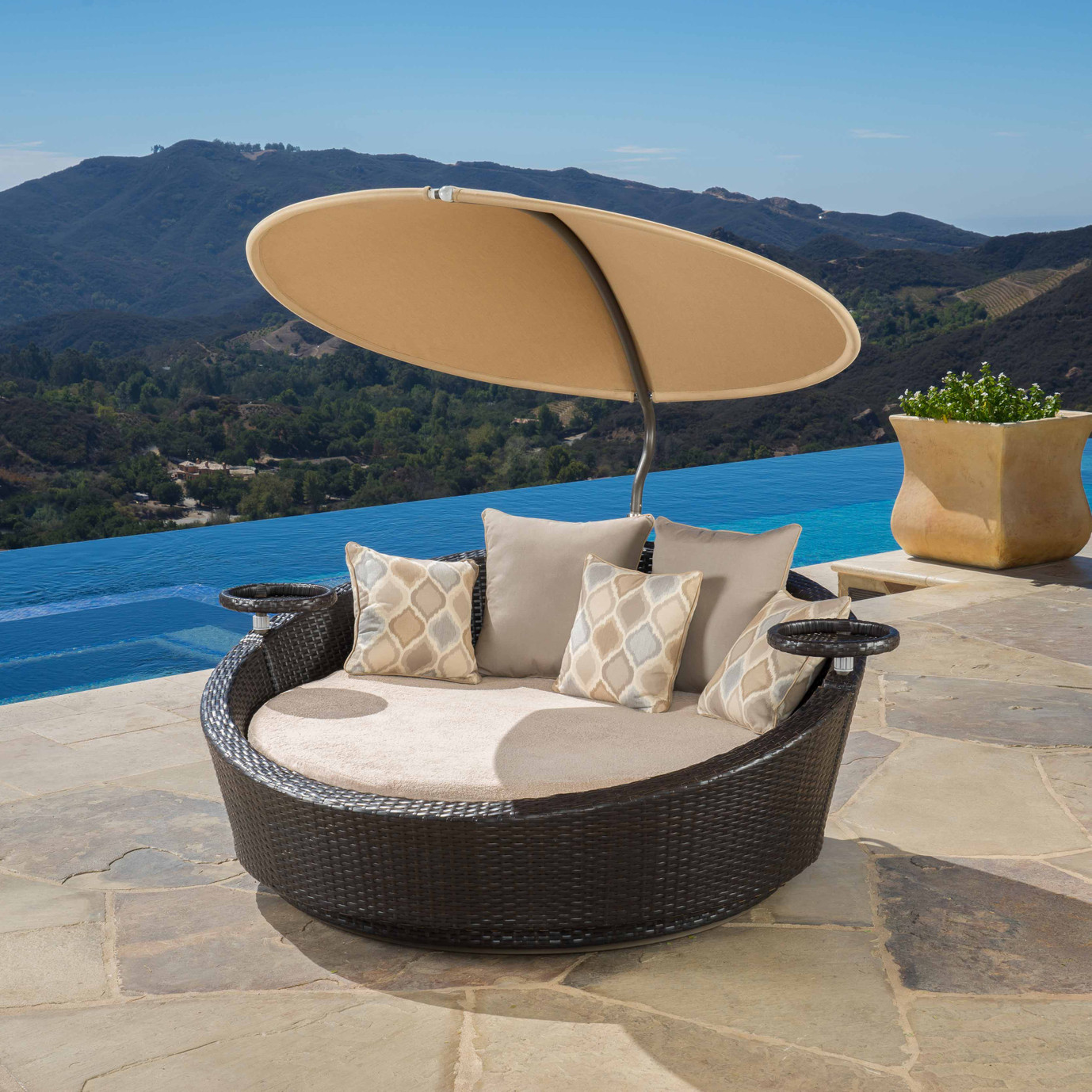 Portofino™ Comfort Sundial Day Bed - Heather Beige