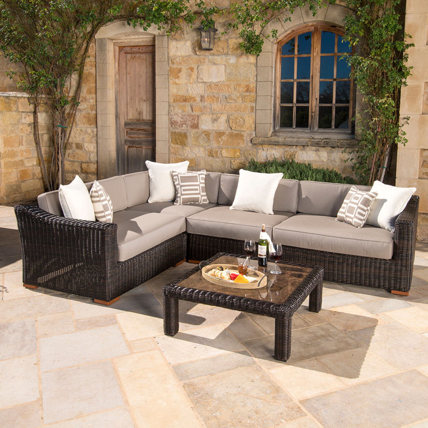 Resort™ Deluxe 5pc Sectional Set - Espresso/ Frank Stone
