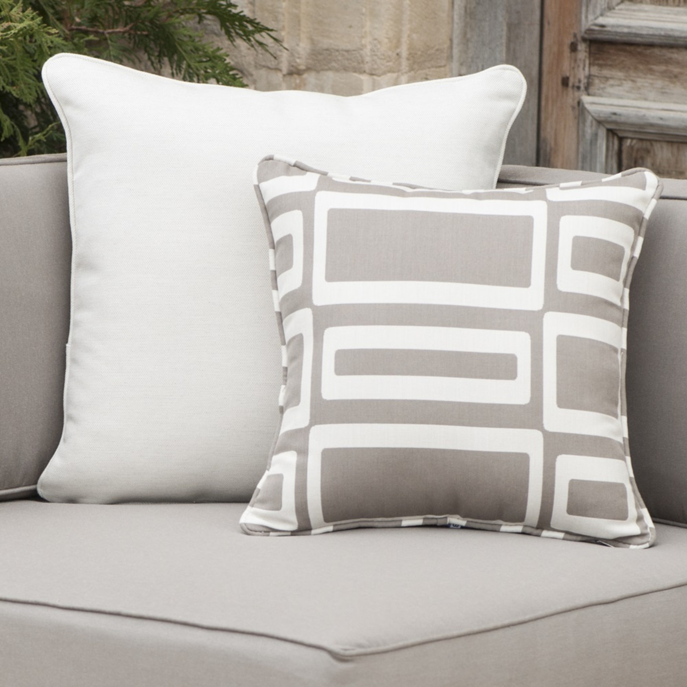 Resort™ Deluxe 6 Piece Seating Set - Weathered Grey