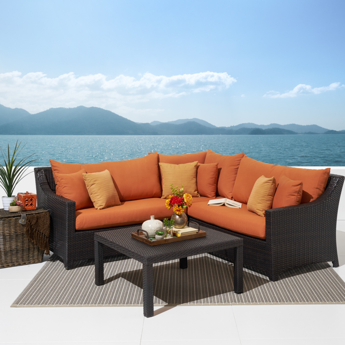 Deco™ 4 Piece Sectional and Table - Tikka Orange