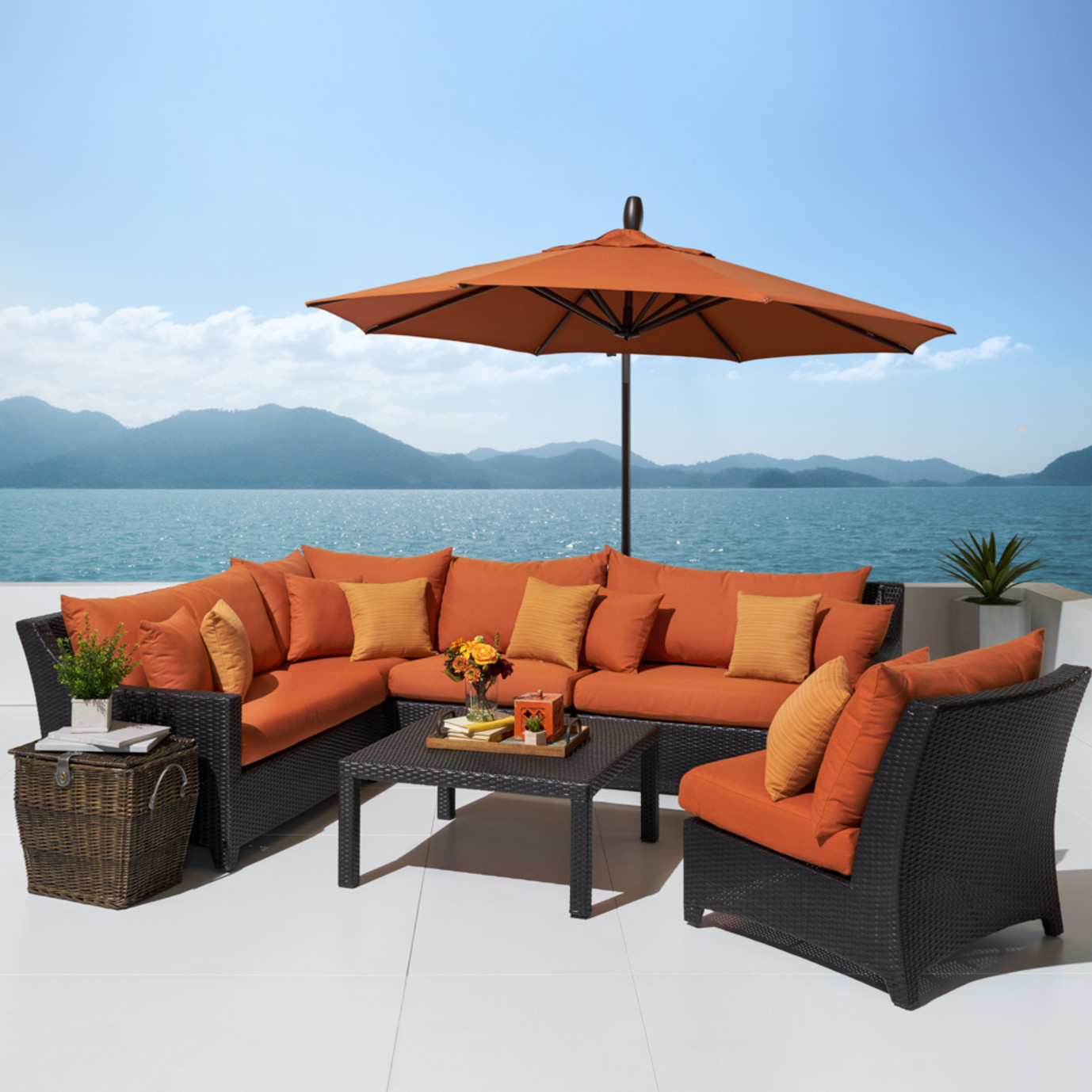 Deco™ 6 Piece Sectional and Table with Umbrella - Tikka Orange