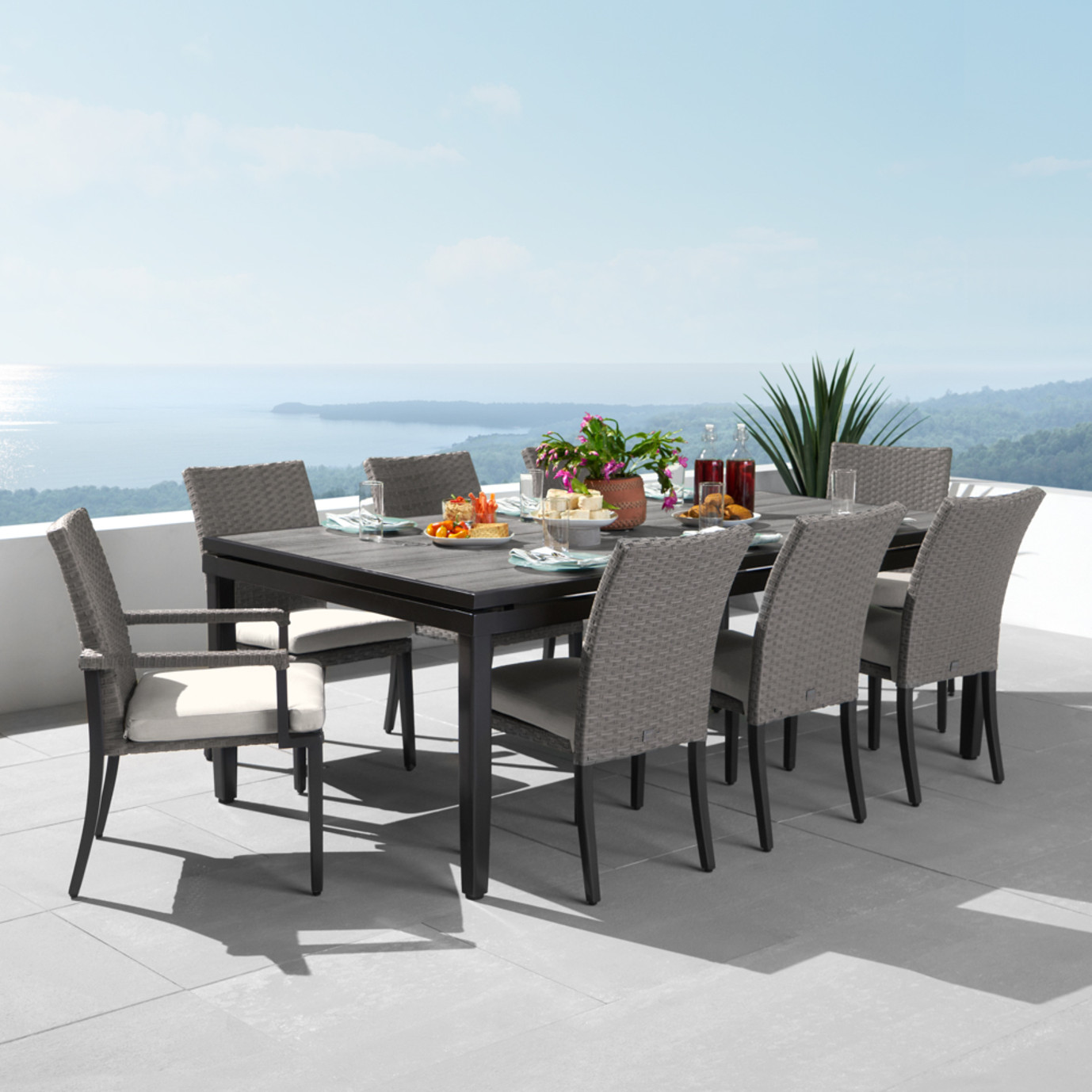 Vistano™ 9pc Outdoor Dining Set